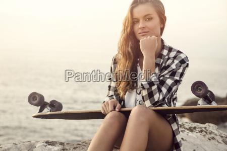 skater, girl - 15783332