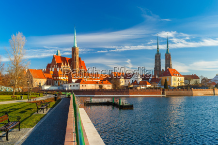 cathedral, island, in, the, morning, , wroclaw, - 15785670