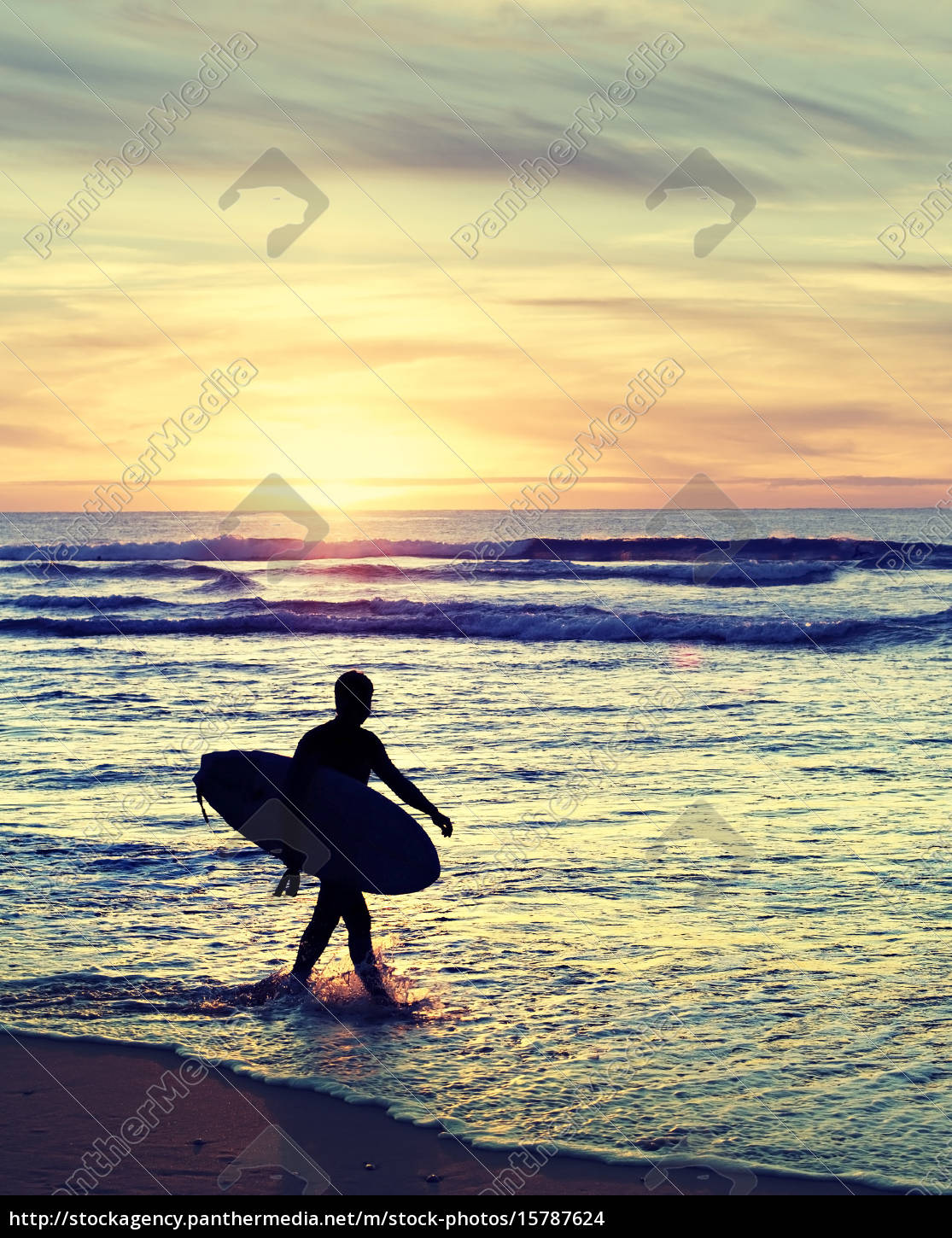 old, styled, surfer - 15787624