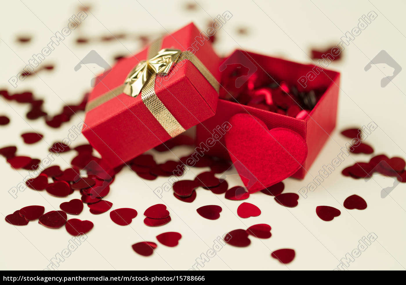 red, hearts, confetti, on, wooden, background - 15788666