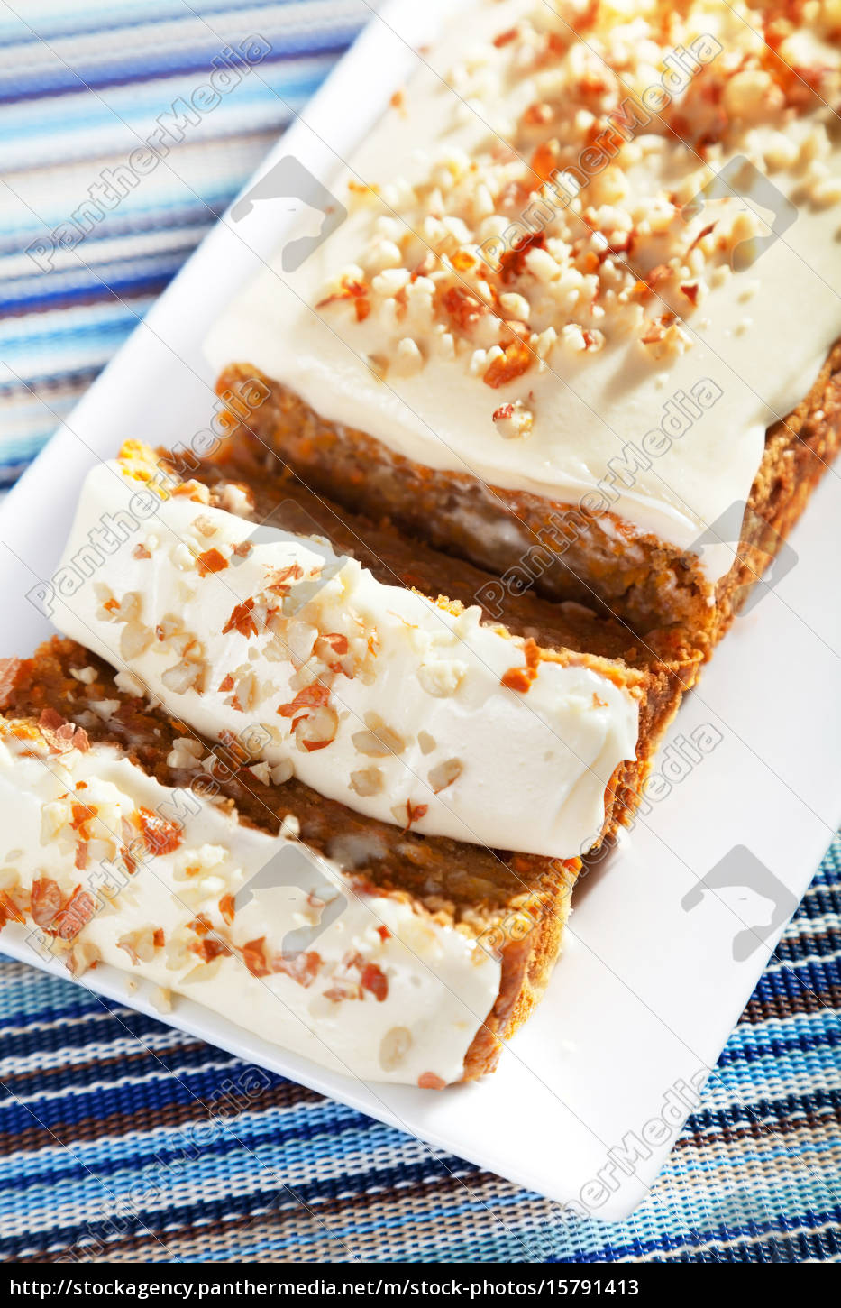 christmas, cake, with, nuts - 15791413