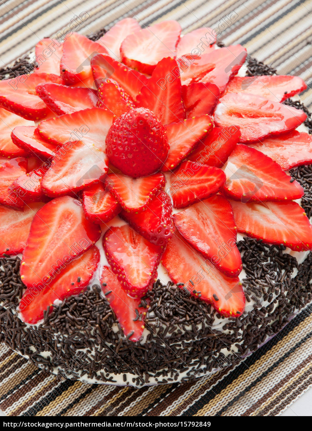 chocolate, cake, with, strawberries, chocolate, cake, with - 15792849