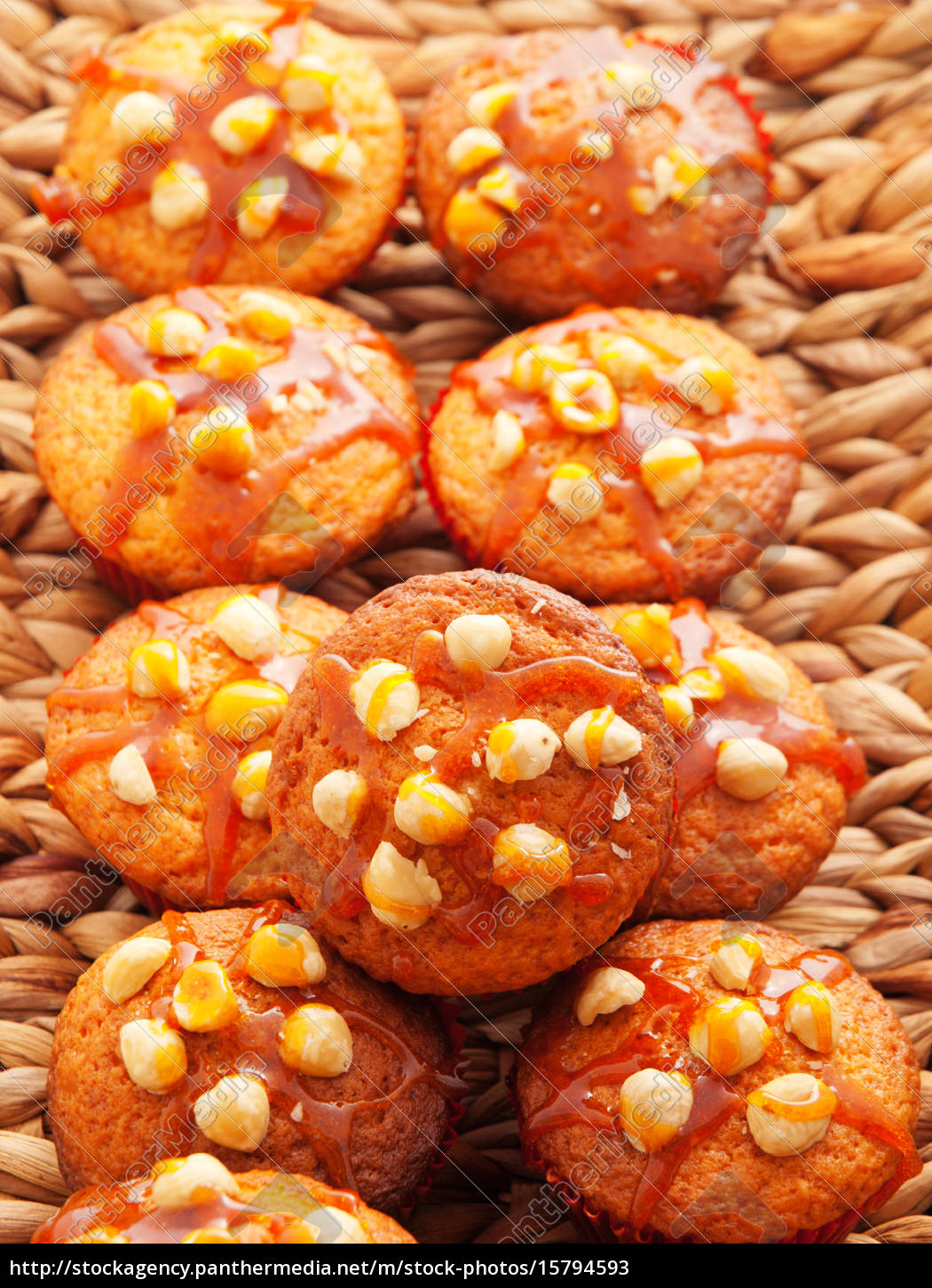 cupcakes, with, hazelnuts, cupcakes, with, hazelnuts, cupcakes, with - 15794593
