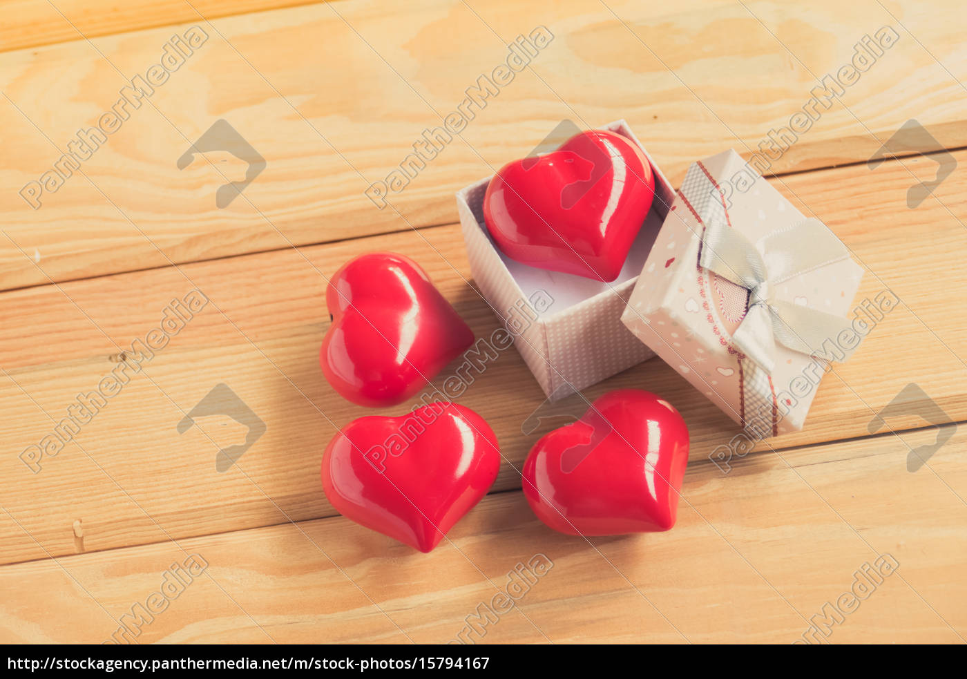 gift, of, love., hearty, gift., a - 15794167