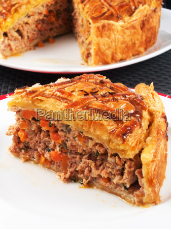 quiche, with, meat, and, carrots, quiche, with - 15795999