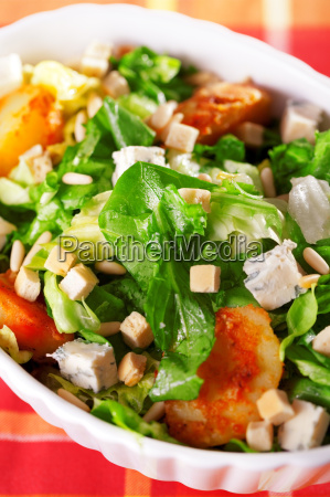 salad, with, tomatos, , tuna, fish, and - 15795593