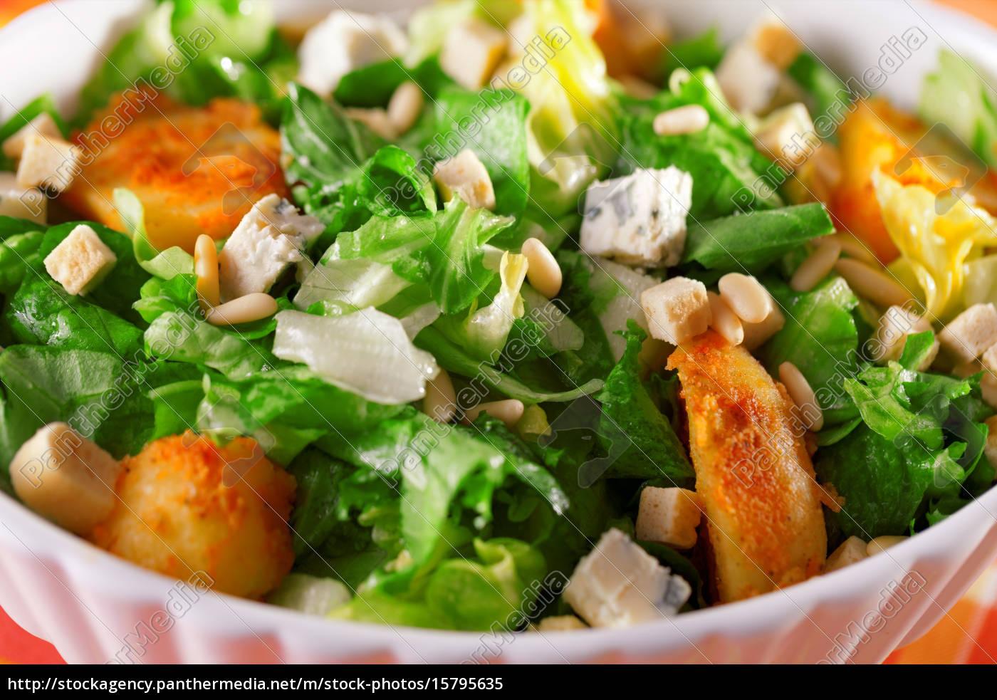 salad, with, tomatos, , tuna, fish, and - 15795635