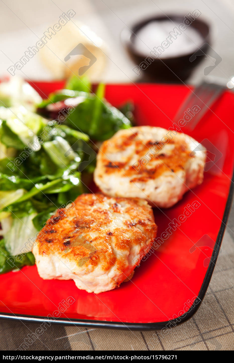 chicken, meatballs, with, salad, chicken, meatballs, with - 15796271
