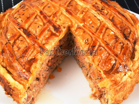 quiche, with, meat, and, carrots, quiche, with - 15796001