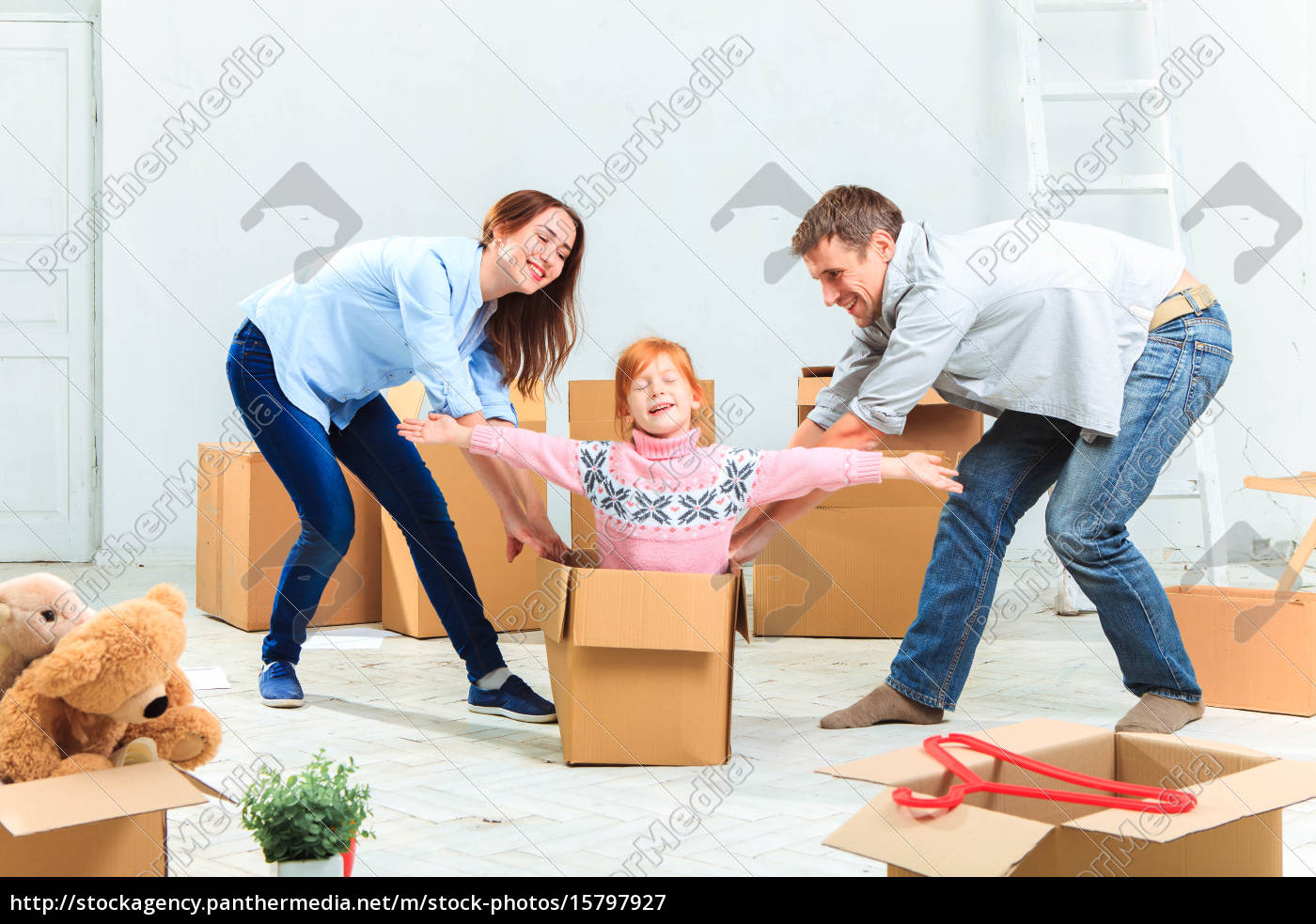 the, happy, family, , during, repair - 15797927