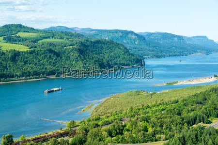 view, of, the, columbia, river - 15799375