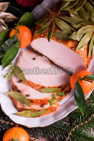 aromatic, turkey, roast, in, piquant, marinade - 15800485