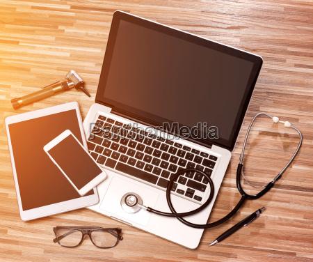 wood doctors desk in high definition