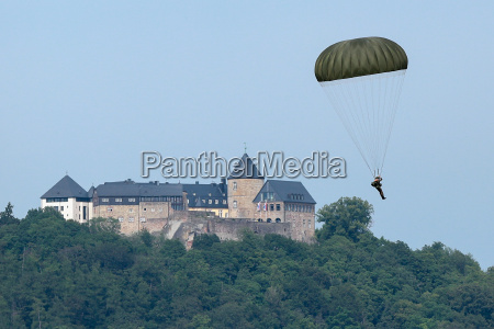 skydiver over the edersee on 11062014