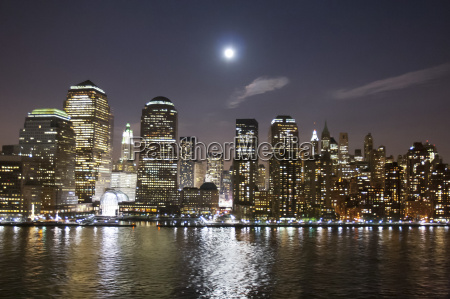 financial district in new york at