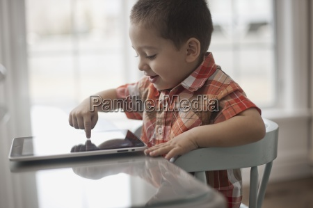 a young child sitting at a