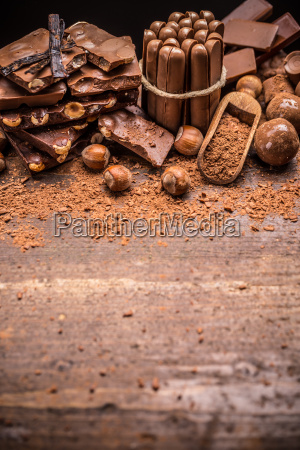 chopped chocolate with nut