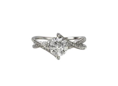 diamond solitaire engagment wedding ring