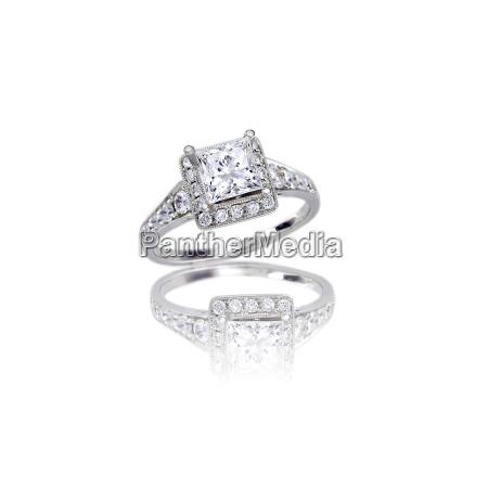 beautiful diamond wedding band princess cut