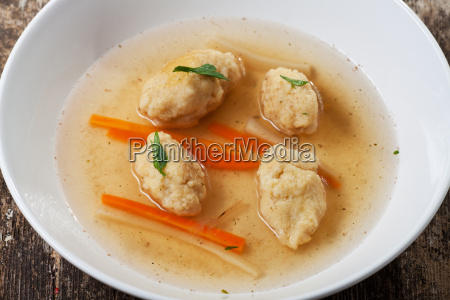 bavarian semolina dumpling soup