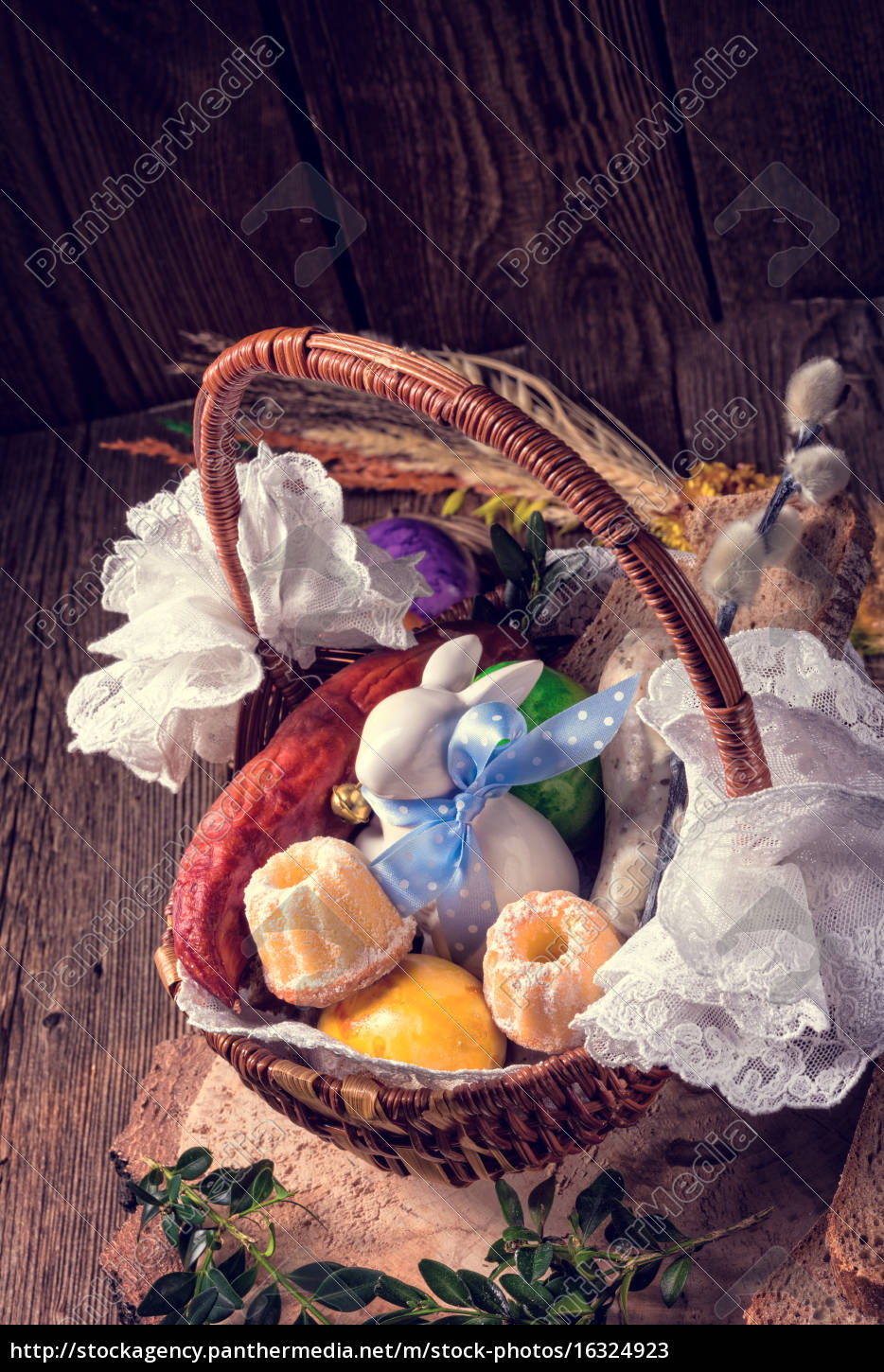 traditional, easter, basket, with, food - 16324923
