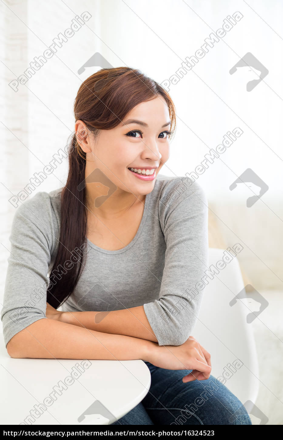 young, woman, relaxing, at, home - 16324523
