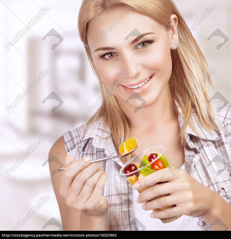 enjoying, healthy, nutrition - 16325903