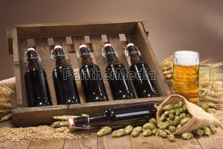 beer, box, with, beer, glass - 16340093
