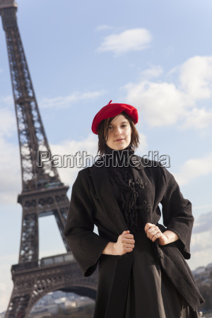 woman, at, the, eiffel, tower - 16342367