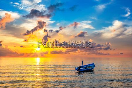 sunrise, over, ocean - 16344705