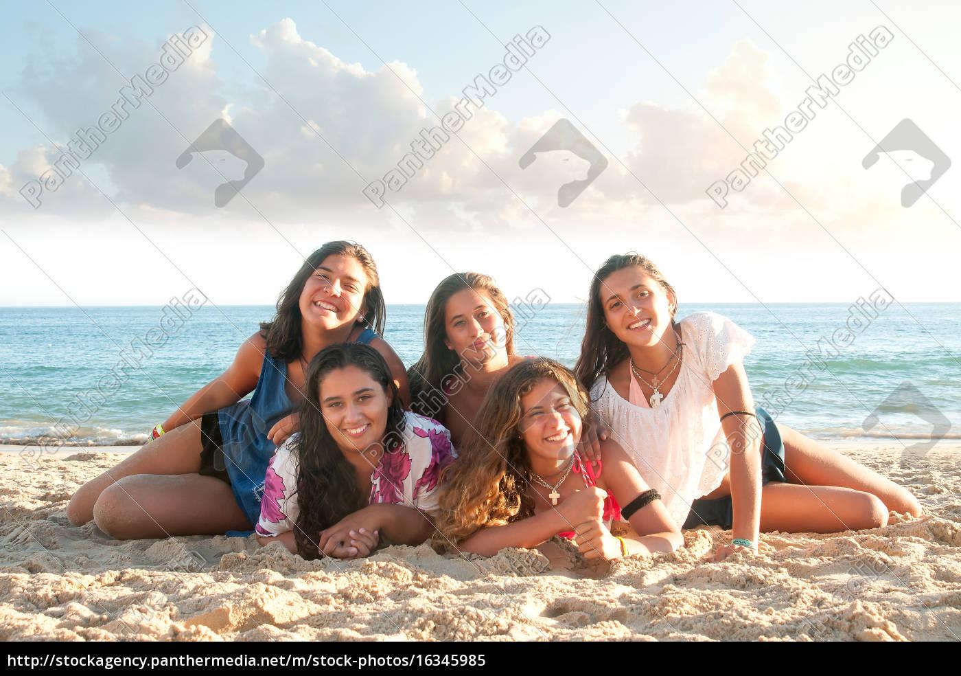 summer, friends - 16345985