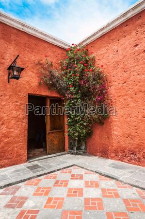 mansion del fundador a renovated centuries