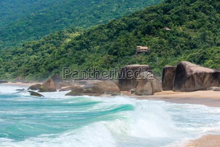 beach in trinidade paraty rio