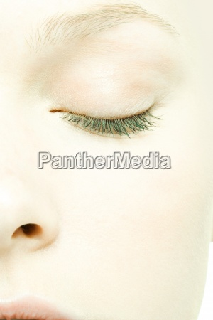 teenage girls face eye closed extreme