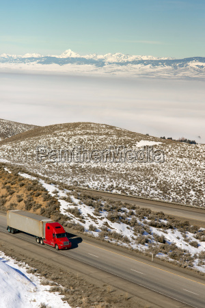 big rig truckers semi truck travels