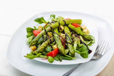 asparagus salad with balsamic and fresh