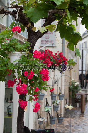 romantic streets in french country towns