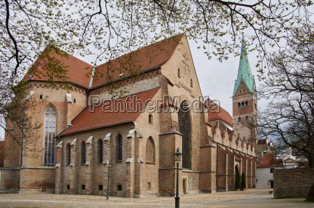 high cathedral to augsburg