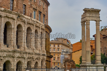 side view of colloseum