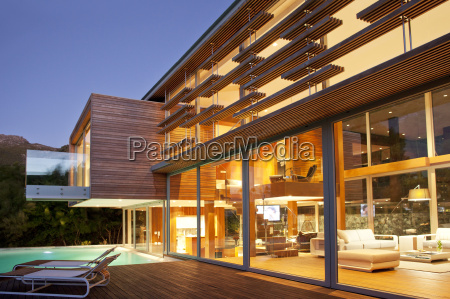 swimming pool and modern house at