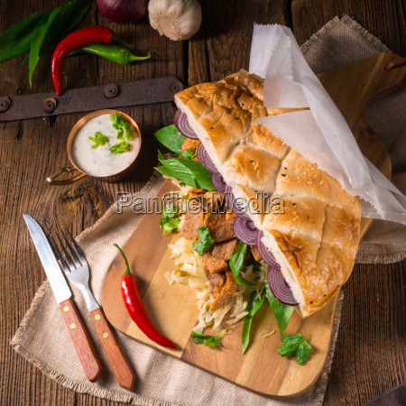 gyros pita with wild garlic