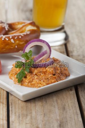 bavarian string cheese with pretzel