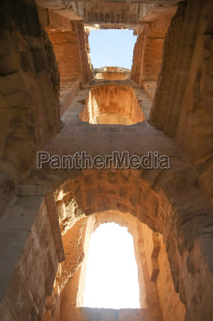 arches of amphitheater