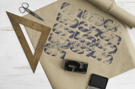 printed packing paper triangle stamp ink
