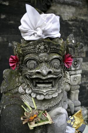 paseo viaje religion arte cultura piedra