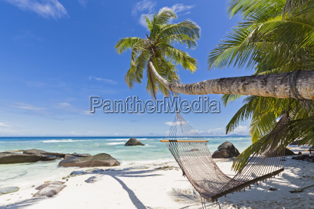 seychelles silhouette island beach la passe