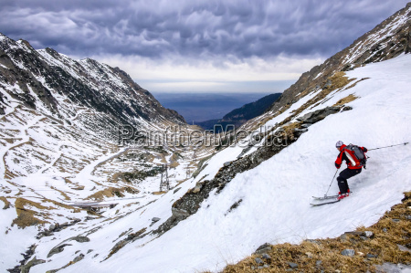 romania southern carpathians fagaras mountains skier