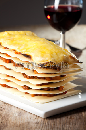lasagna with wine