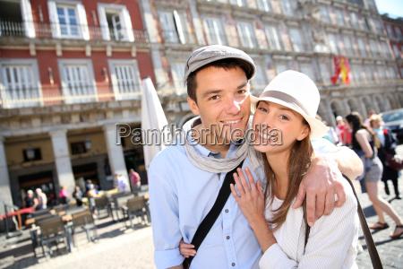 in love couple visiting la plaza