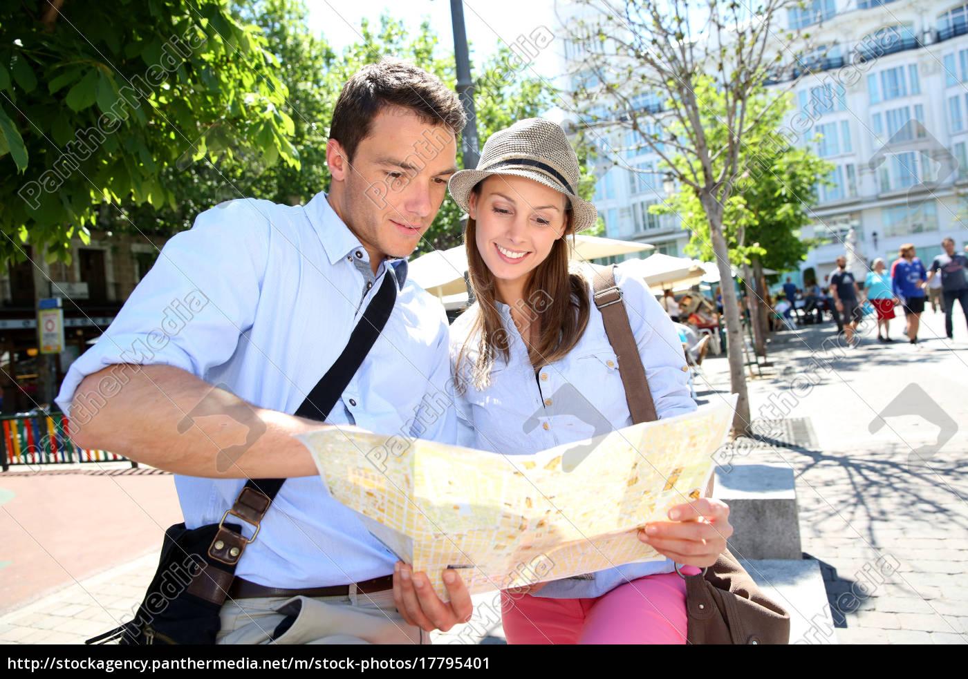 couple, in, santa, ana, square, of - 17795401